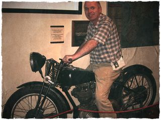 Alan on Che's bike