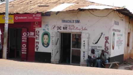 Barber in Tanzania1