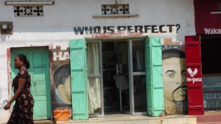 Barber in Tanzania3